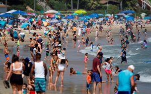 Inquietantes fotos en playas y piscinas en EEUU de miles de personas desafiando contagio de coronavirus