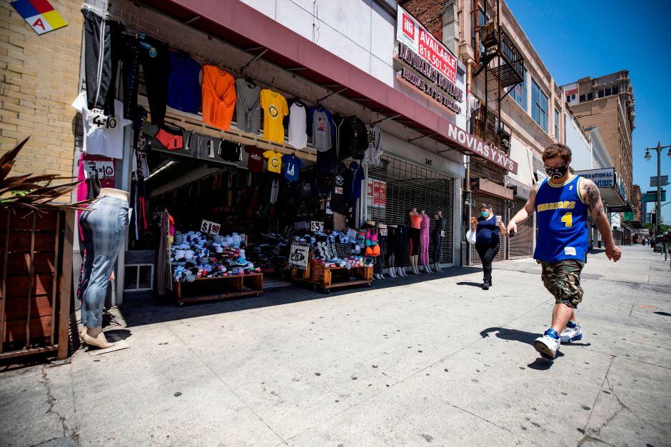 Crean fondo de ayuda económica para pequeños empresarios del condado de Los Ángeles
