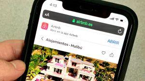 Airbnb cae ante el coronavirus y despide al 25% de su plantilla