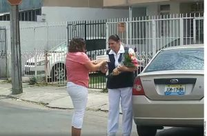 Vecino de Guadalajara expresan su cariño a enfermera que lucha contra coronavirus