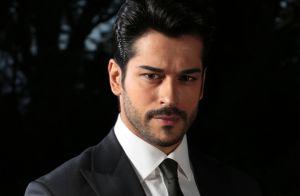 Burak Özçivit, Kemal de 'Amor Eterno' en Univision, enloquece a fans: 'Se nos detiene todo'