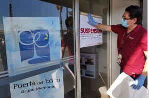 Clausuran funeraria por tener cuerpos de fallecidos por coronavirus expuestos en Tijuana