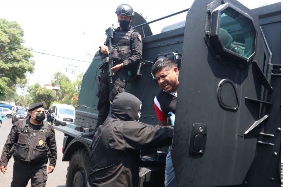 Presunto integrante del Cártel de Sinaloa es detenido con cuatro millones de pesos en efectivo