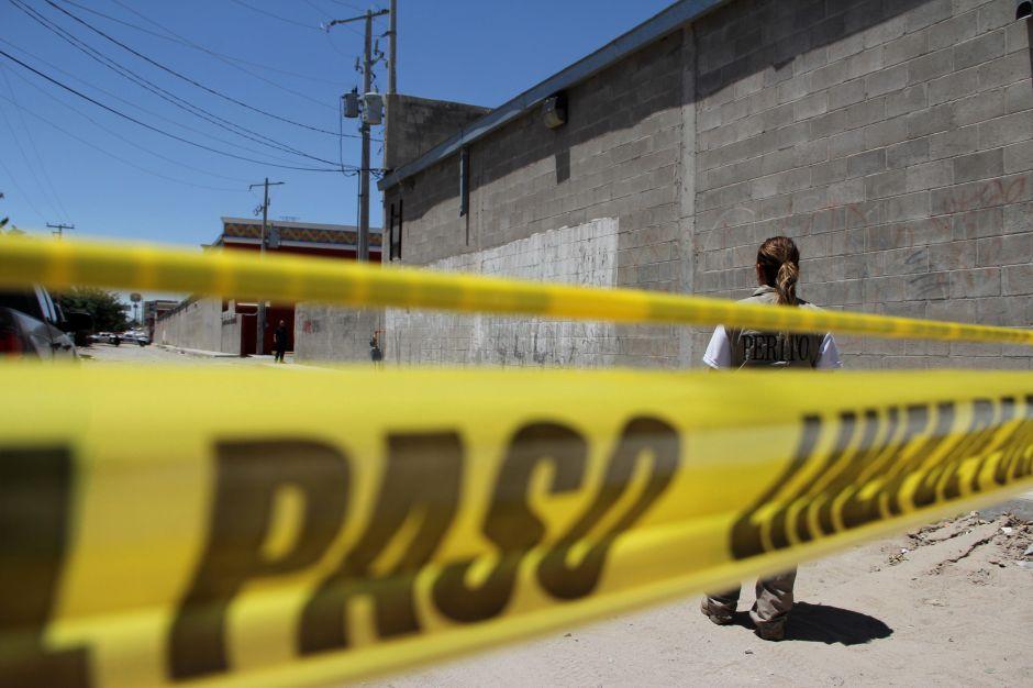 """CJNG mata a cinco presuntos integrantes de """"Los Viagras"""" en Michoacán, deja narcomensaje"""