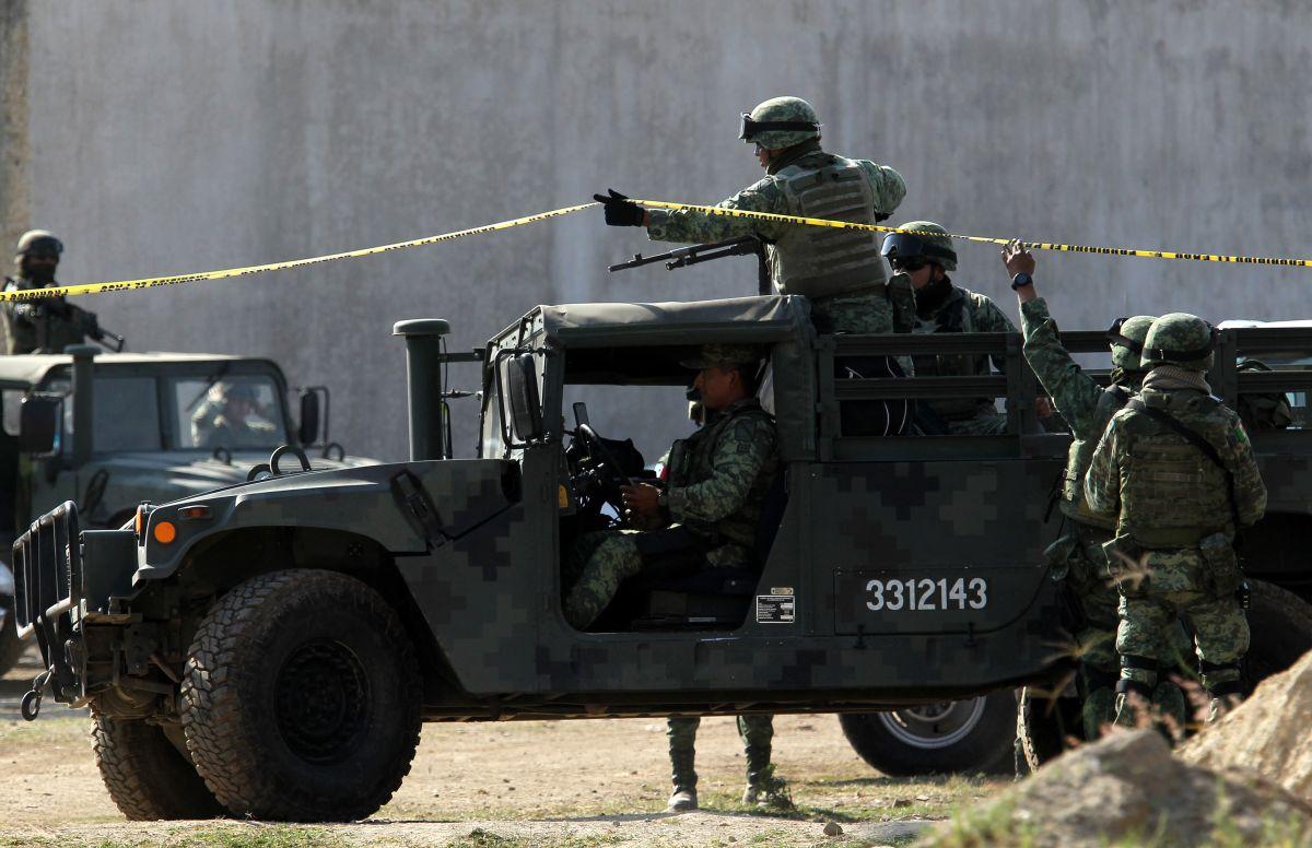 Reportan hasta 20 muertos tras enfrentamiento entre grupos criminales en México.