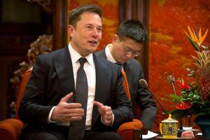 Elon Musk se junta con el CEO de VW para chequear sus autos eléctricos