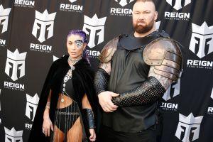 ¡Brutal! Actor de Game Of Thrones levanta más de 500 kg (1,104 lbs) y rompe récord mundial