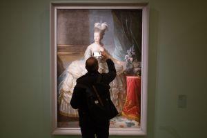 Una maleta que pertenecía a María Antonieta es subastada cerca de París en 5 veces su valor original