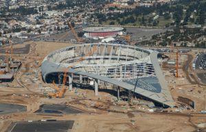 Pedirán $500 millones de dólares adicionales para el estadio más caro del mundo