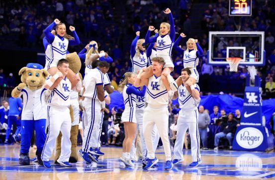 El equipo de porristas de la Universidad de Kentucky es uno de los más importantes de Estados Unidos.