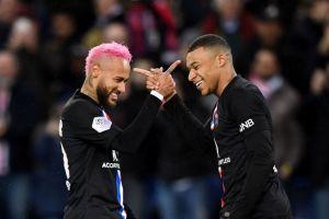 La guerra de pastelillos entre Neymar y Mbappé en el cumpleaños de Leandro Paredes