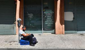El impacto socioeconómico del COVID-19 se siente más fuerte en los hogares latinos de Los Ángeles