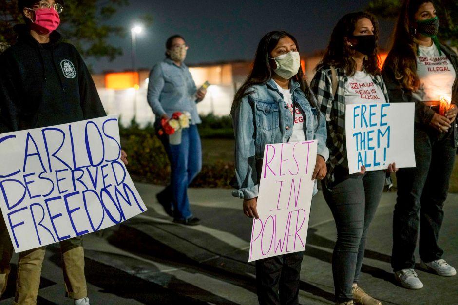 ICE estaría tratando de arrestar a todos los inmigrantes que quepan en sus centros de detención