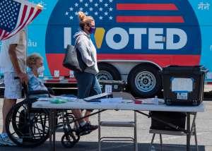 Por qué puede ser tan difícil votar en las elecciones de Estados Unidos (a pesar de que tengas derecho al voto)