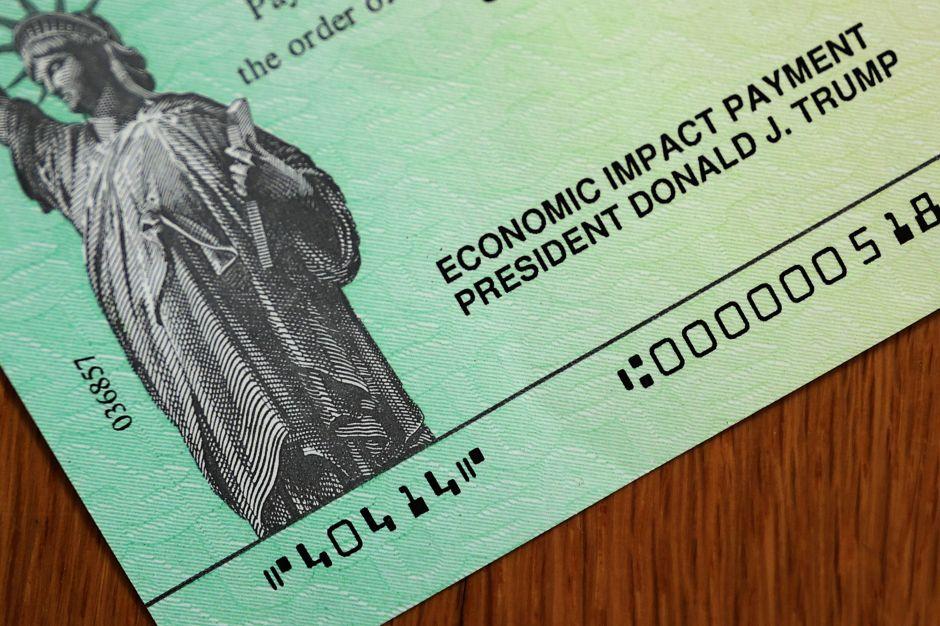 Demócratas avanzan con plan de ayuda económica para familias, trabajadores y pequeños negocios