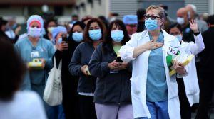 """Ley HEROES ofrecería """"green card"""" de forma rápida a médicos inmigrantes"""