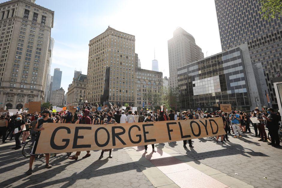 Más arrestos en las protestas por la muerte de George Floyd en Nueva York