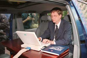 """""""Es un maremoto"""": la frase que Bill Gates escribió hace 25 años sobre internet en un memorándum interno de Microsoft"""