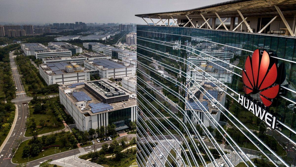 Trump aumenta presión contra Huawei, impone nuevas restricciones