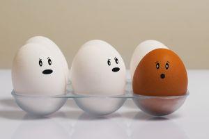 Nueva forma de cocinar huevos, el vídeo se hace viral y lo querrás probar