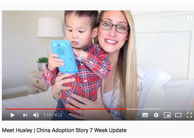 Youtuber promociona y lucra con adopción de un niño chino con autismo y … lo devuelve después