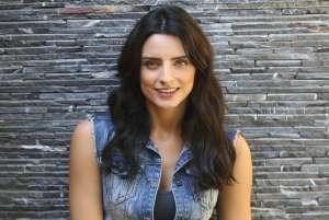 Aislinn Derbez reacciona tajantemente a las críticas por los dientes de su hija Kailani