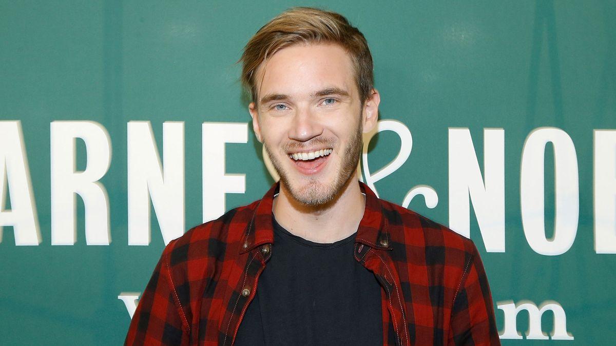 """PewDiePie es el """"youtuber"""" más popular del mundo."""