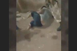 VIDEO: Familia Michoacana castiga a golpes a sujeto por haber golpeado a su propia esposa