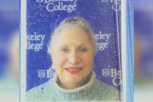 Misterio por cadáver de una anciana hallado en carretera de Nueva York