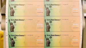 IRS explica cómo personas sin ingresos o bajos ingresos pueden recibir cheque de estímulo
