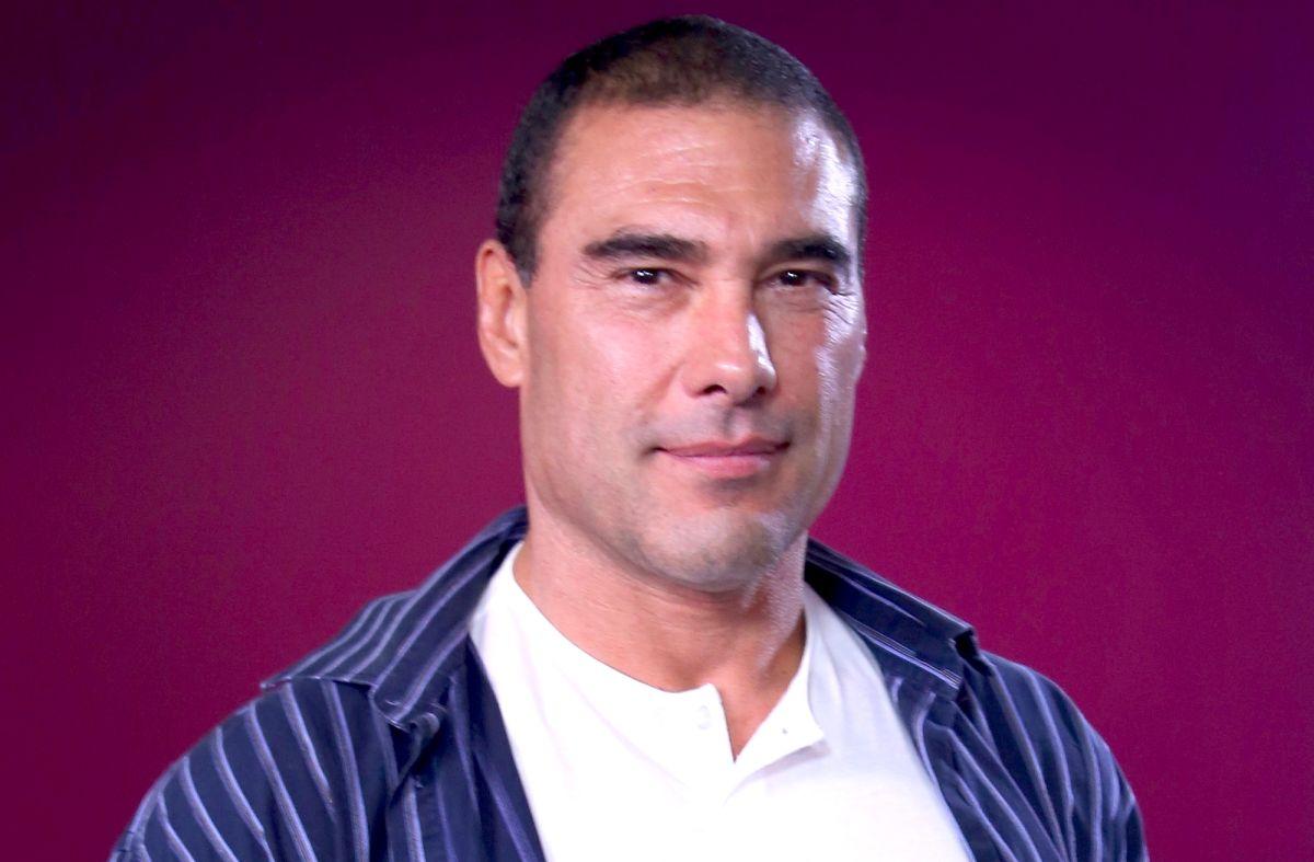 Eduardo Yáñez.