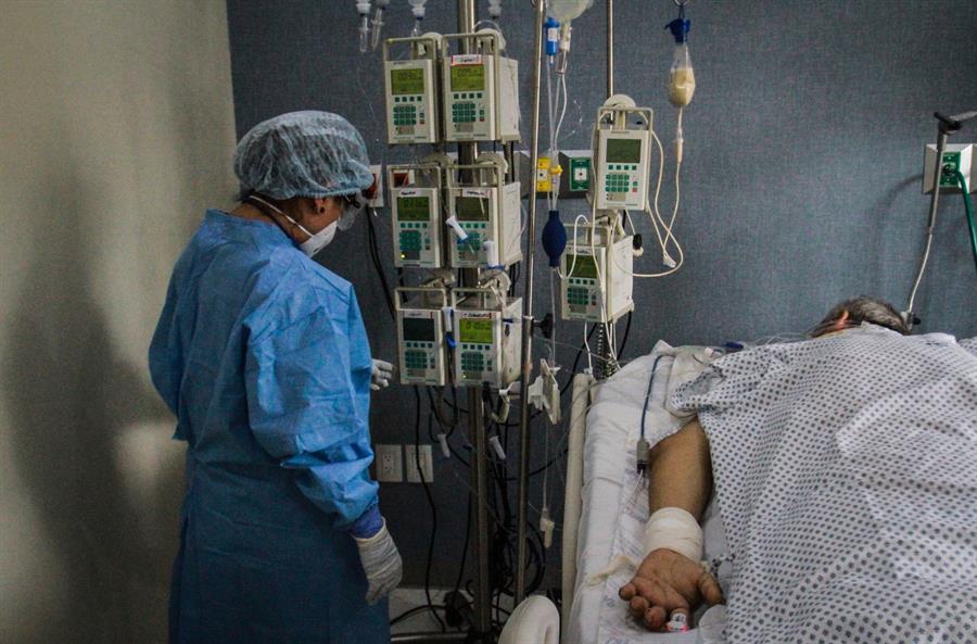 México llega a los 7,394 muertos por coronavirus