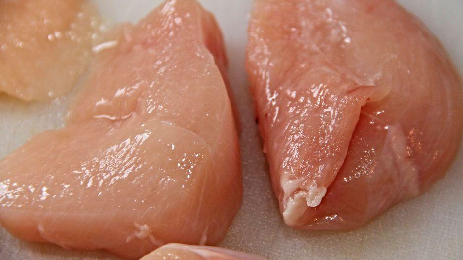 570 trabajadores dan positivo por coronavirus en planta de pollo de Carolina del Norte