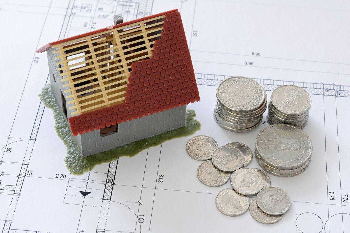 ¿Por qué hay quienes temen un desplome del mercado inmobiliario?