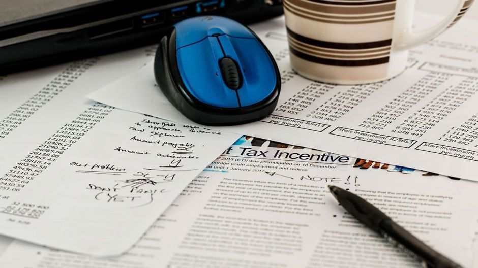 IRS: Qué puede hacer para recibir más rápido el reembolso por declaración de impuestos