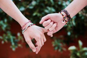Cómo encontrar y activar tu amuleto ideal para atraer la abundancia y el amor