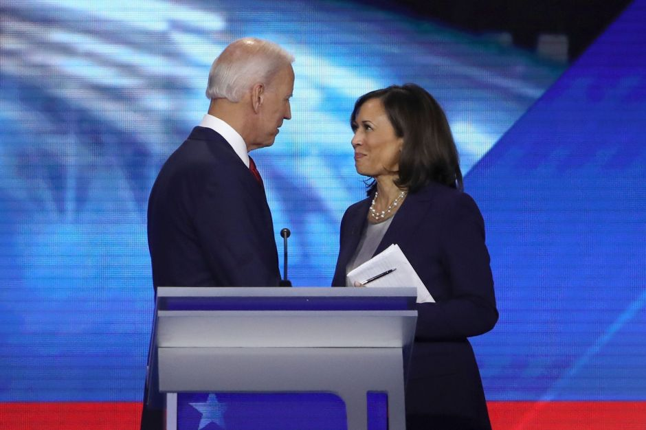 """""""Estamos en guerra"""": tensiones raciales inclinan la balanza hacia una candidata negra como compañera de Biden"""
