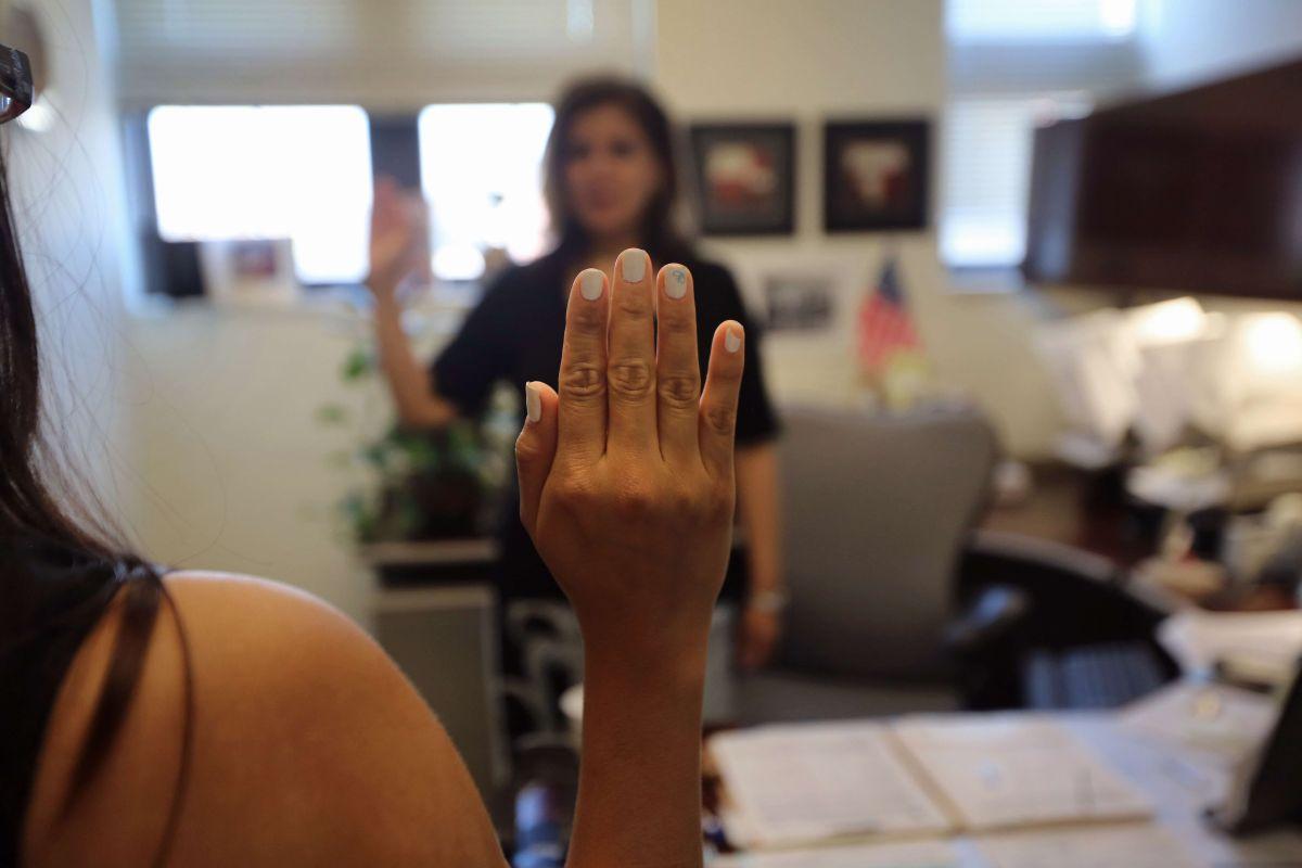 La inmigrante busca permenecer en EEUU.