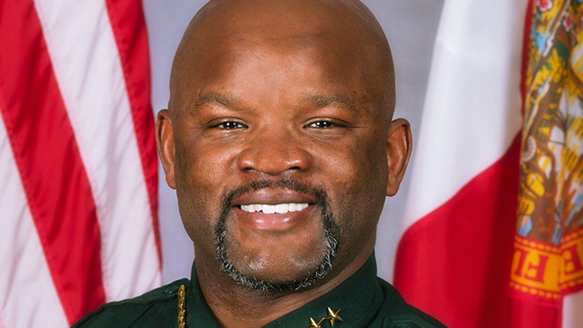 Un policía de Miami mató a un hombre cuando era un menor: ahora podría enfrentarse a la justicia 30 años después