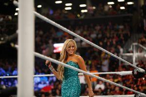 La ex presentadora de la WWE Lilian García luce bikinazo espectacular a sus 53 años