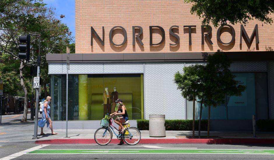 Nordstrom cerrará permanentemente 16 tiendas