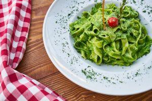 Salsa de aguacate para pasta: tan rica y saludable que un gastroenterólogo la recomienda