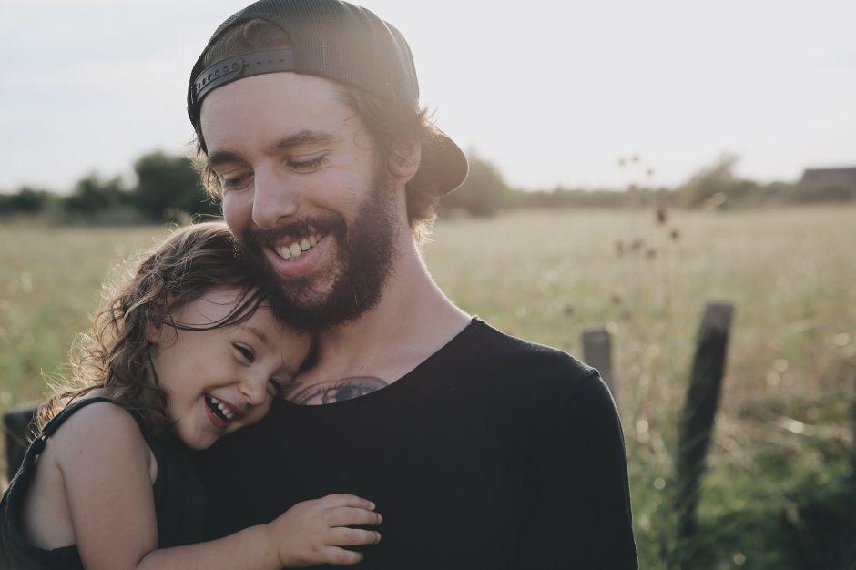 Los errores que todo padre debe evitar para que sus hijos sean emocionalmente fuertes e inteligentes
