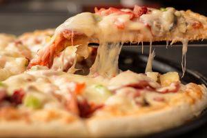 Las 5 pizzas más sanas que puedes pedir a un restaurante de comida rápida