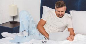 5 estilos de sets de pijamas para hombres por menos de $40