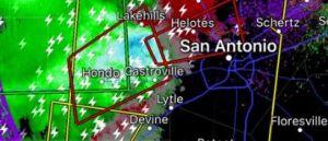 San Antonio la pasa mal con las tormentas que azotan la zona; se emitieron varias alertas de tornados