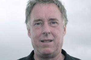Las nuevas venas abiertas de América Latina: Oro, petróleo, aguacates... la versión del periodista inglés Andy Robinson