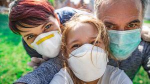 """La nueva evidencia de que el uso masivo de mascarillas puede """"prevenir una segunda ola de COVID-19"""""""