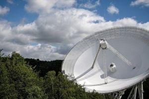 Este es el número de civilizaciones extraterrestres a las que podríamos contactar