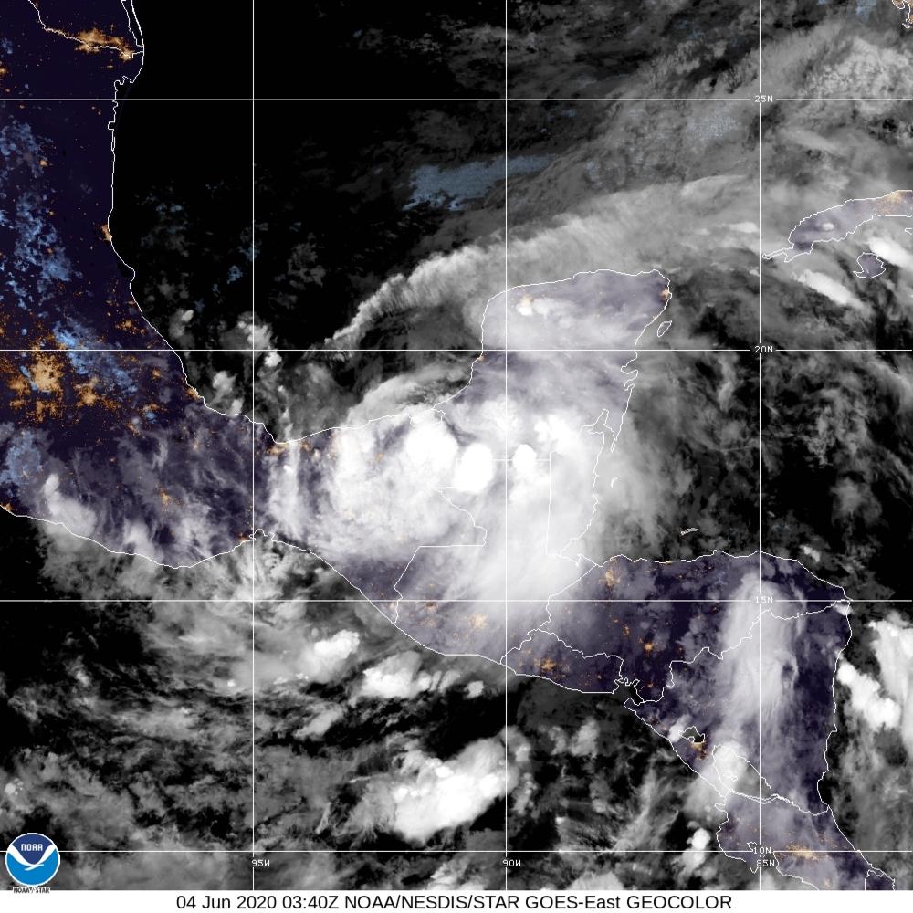 Los efectos de la potente tormenta Cristóbal comienzan a sentirse en Florida